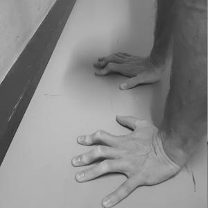 Fingers Balance Control
